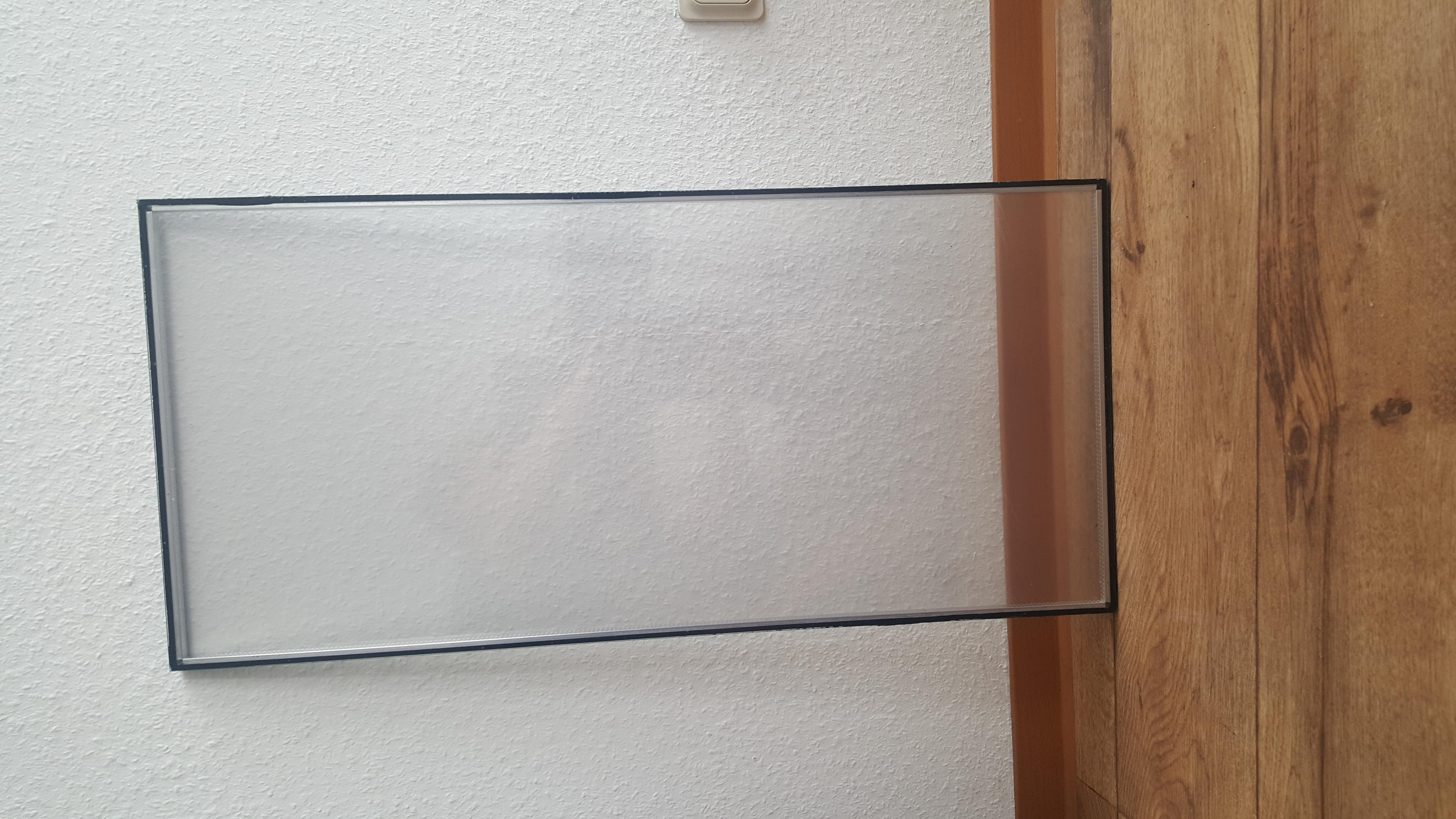 plexiglas scheiben sehr stabil teckentrup sectionaltor industrietor b ware b ware. Black Bedroom Furniture Sets. Home Design Ideas